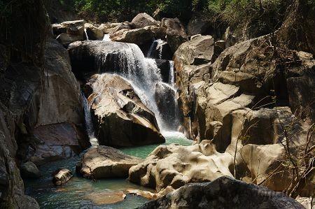 Водопады Бахо в Нячанге (Thác Ba Hồ, Suoi Ba Ho, или Baho waterfall)