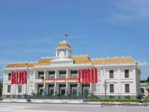 Дом культуры в Нячанге