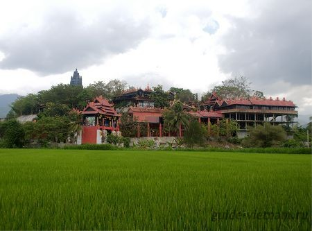 Пагода Тысячи лиц, или Тань Шон (Phap Vien Thanh Son Pagoda)